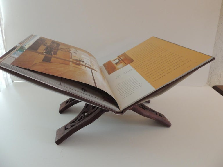 Folding Indian hand carved book display or stand. Size: 13