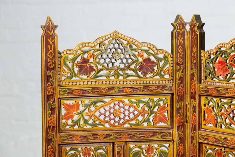 Indian Multi-Color Open Fretwork Hand Carved and Hand Painted Four-Panel Screen For Sale 2