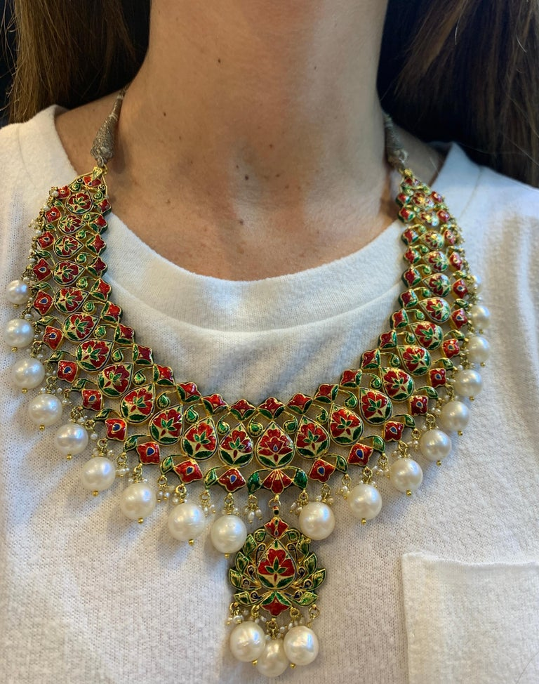 Indian Pearl and Diamond Necklace In Excellent Condition For Sale In New York, NY