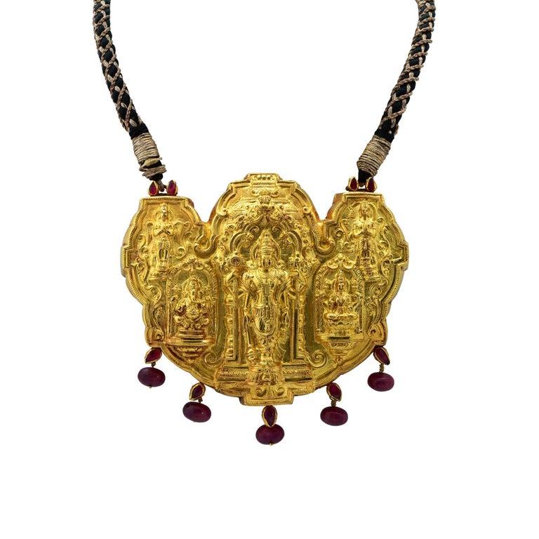 Indian Wedding Hindu Deities 22 Karat Yellow Gold Necklace For Sale