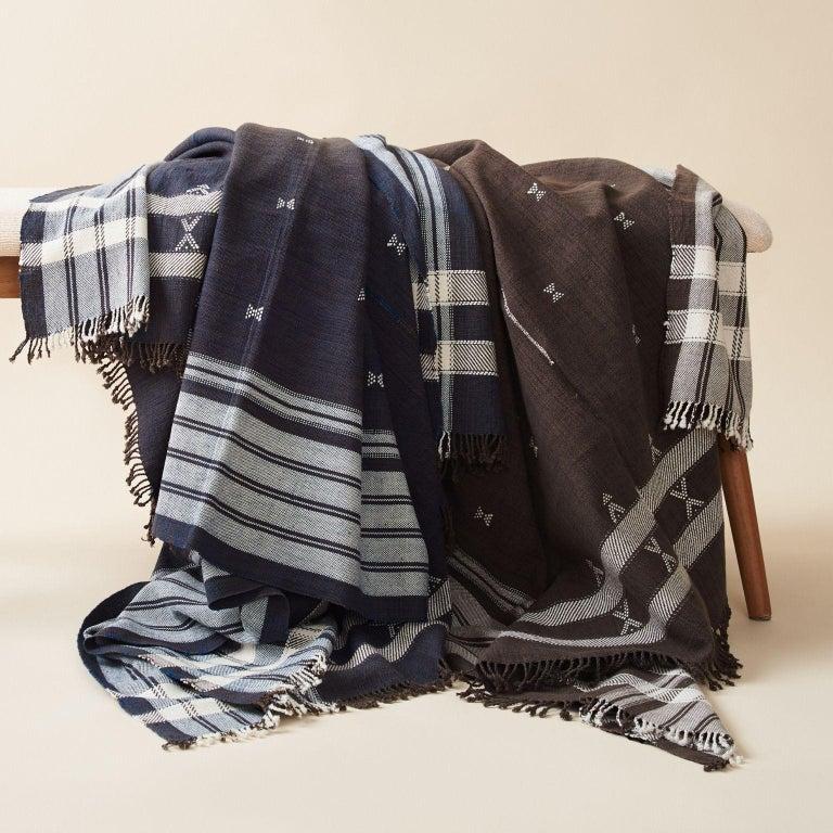 Indie Handloom Throw / Blanket / Bedspread in Indigo Brown Organic Cotton For Sale 3