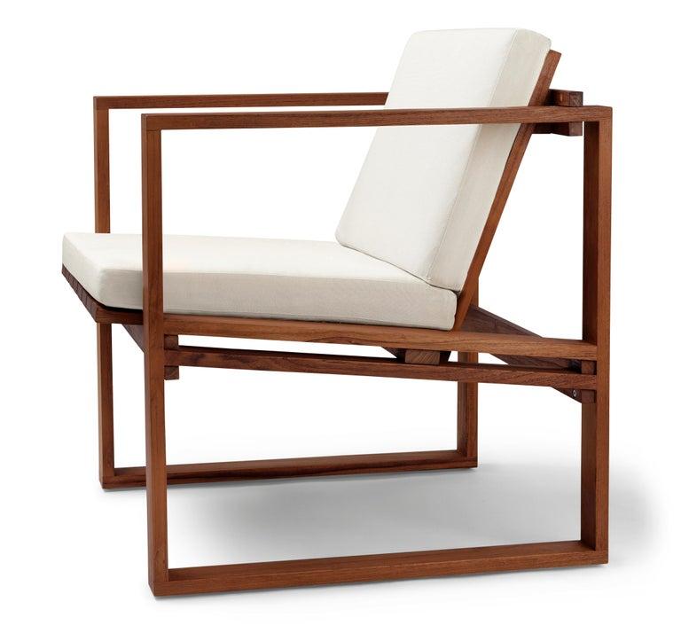 Danish Indoor-Outdoor BK11 Lounge Chair in Teak Oil by Bodil Kjær For Sale