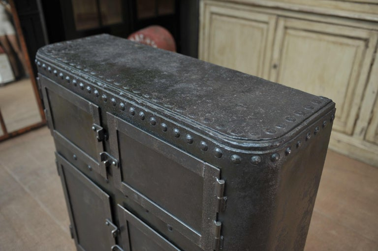 Industrial 4 Doors Cabinet in Riveted Iron, circa 1900 For Sale 4