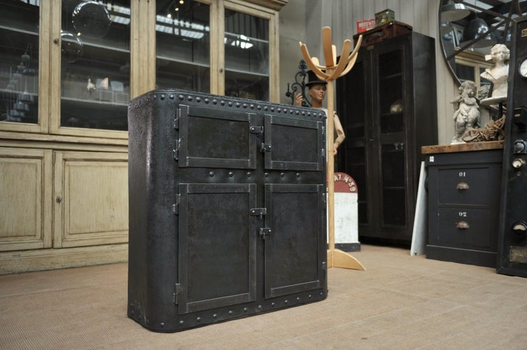 Art Nouveau Industrial 4 Doors Cabinet in Riveted Iron, circa 1900 For Sale