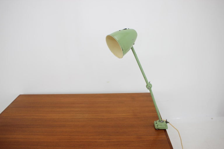 Industrial Adjustable Metal Table Lamp with Patina, 1950s For Sale 4