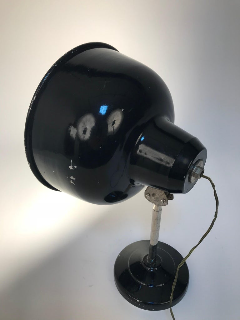 Industrial Black Enameled Metal Adjustable Italian Table Desk Lamp, 1940s For Sale 2