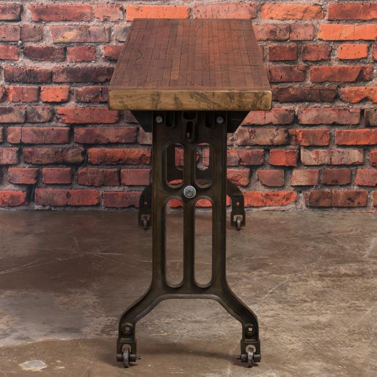 Industrial Console Table with Reclaimed Oak Top and Cast Iron Legs In Good Condition For Sale In Denver, CO