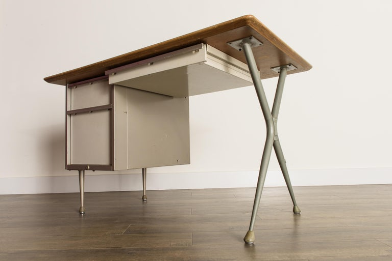Industrial Desk by Raymond Loewy for Brunswick of Chicago, circa 1950s, Signed  12