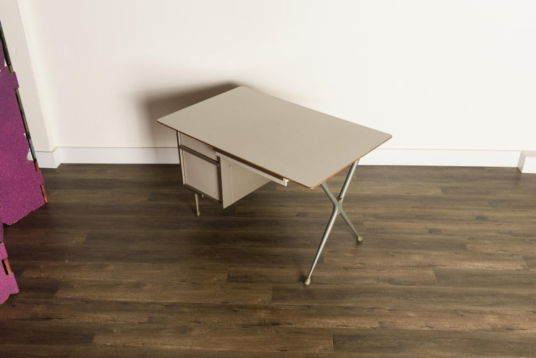 Industrial Desk by Raymond Loewy for Brunswick of Chicago, circa 1950s, Signed  In Good Condition In Los Angeles, CA
