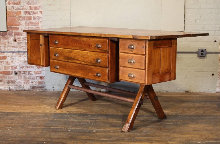 Industrial Desk Workbench, Pine Work Table, Draftsmans Workbench In Good Condition For Sale In Oakville, CT