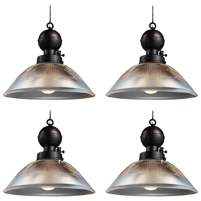 Industrial Glass and Brass Gas Lamp Pendant, Italy, 21st Century For Sale