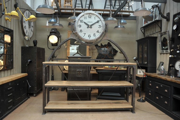 Industrial Large Shelf with Parisian Subway Lepaute Clock, circa 1950 For Sale 5