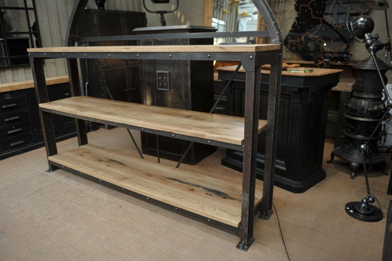 Industrial Large Shelf with Parisian Subway Lepaute Clock, circa 1950 For Sale 8
