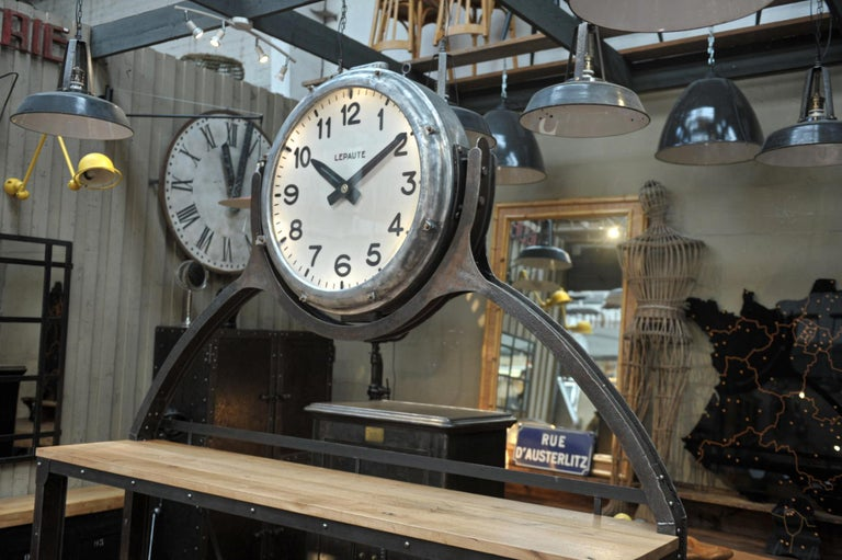 Industrial Large Shelf with Parisian Subway Lepaute Clock, circa 1950 For Sale 9