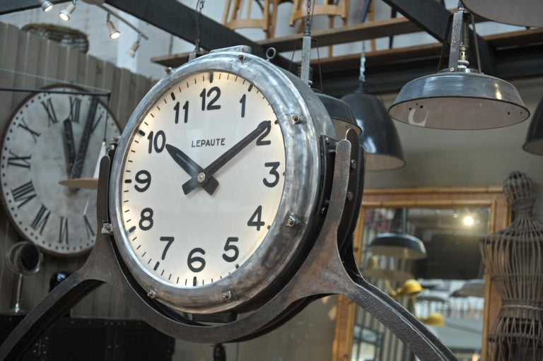 Industrial Large Shelf with Parisian Subway Lepaute Clock, circa 1950 For Sale 12