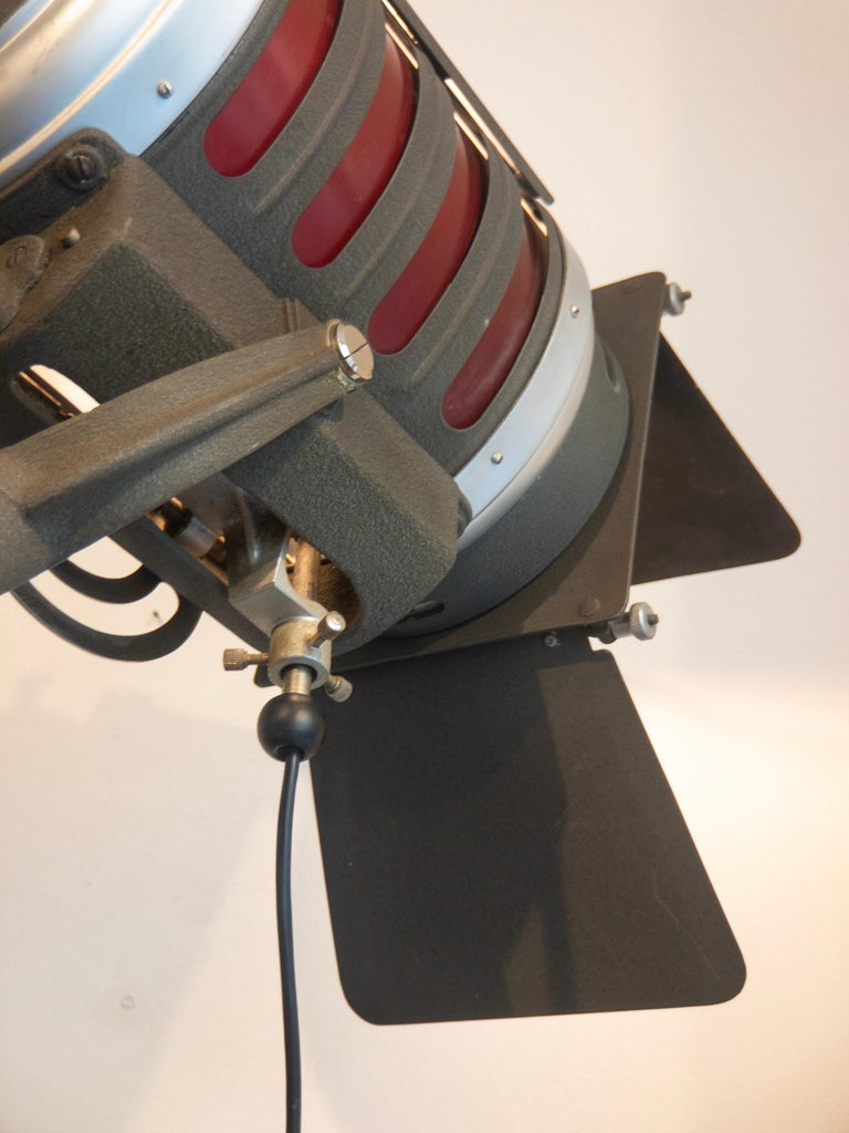 Industrial Movie Theater Photography Spotlight or Floor Lamp from Italy, 1940 For Sale 11