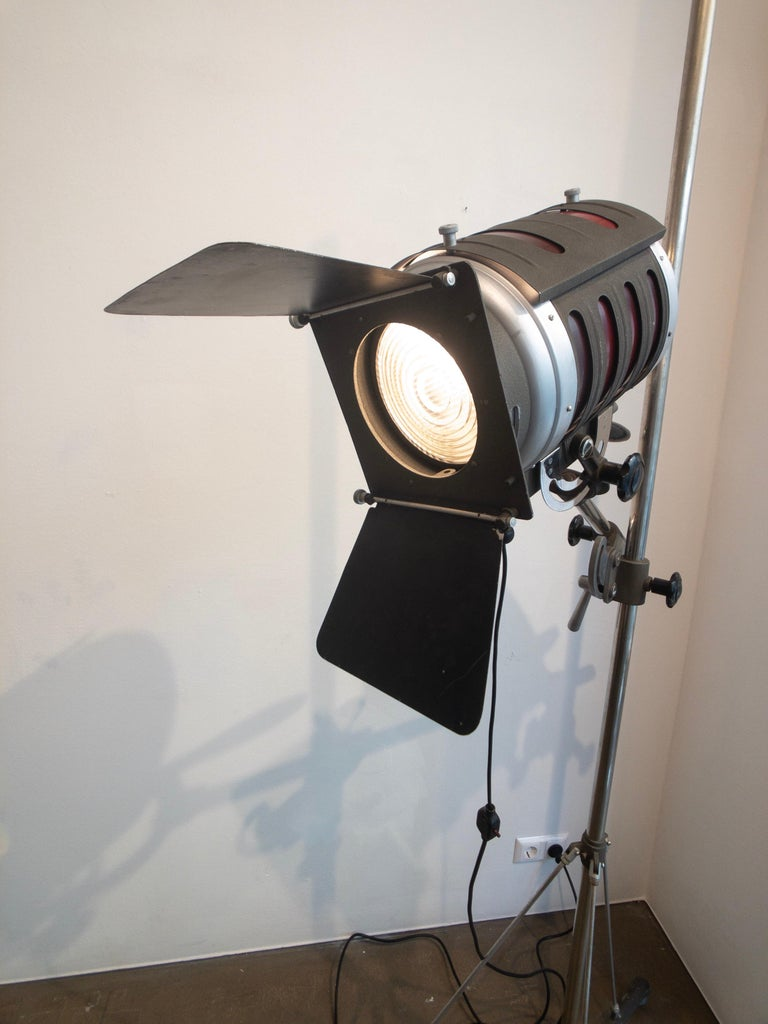 Industrial Movie Theater Photography Spotlight or Floor Lamp from Italy, 1940 For Sale 3