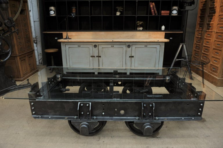 Industrial Riveted Iron Wagon Coffee Table, 1900 For Sale 1