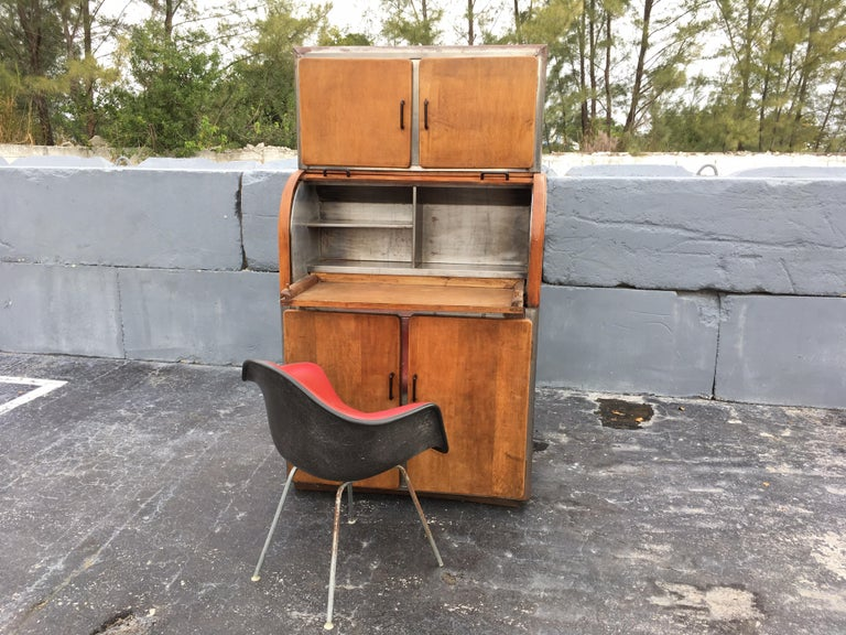 Original period piece, please see all pictures. Cabinet has pull-out tray.
