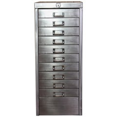 Industrieller Metall Schrank mit Zehn Schubladen, A4 Briefgröße