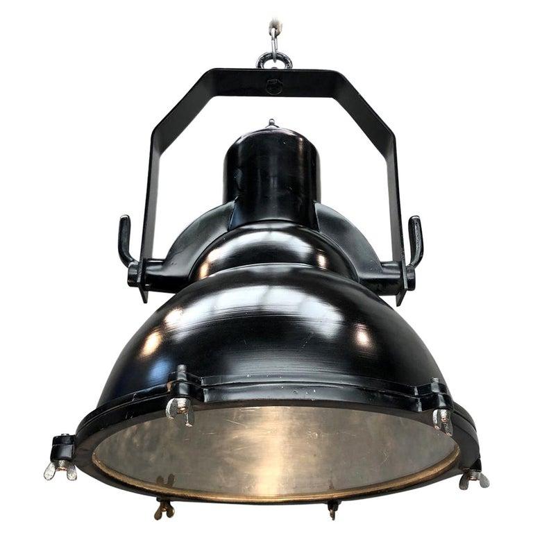 Industrial Style Tilting Black Cargo Ceiling Pendant Light For Sale