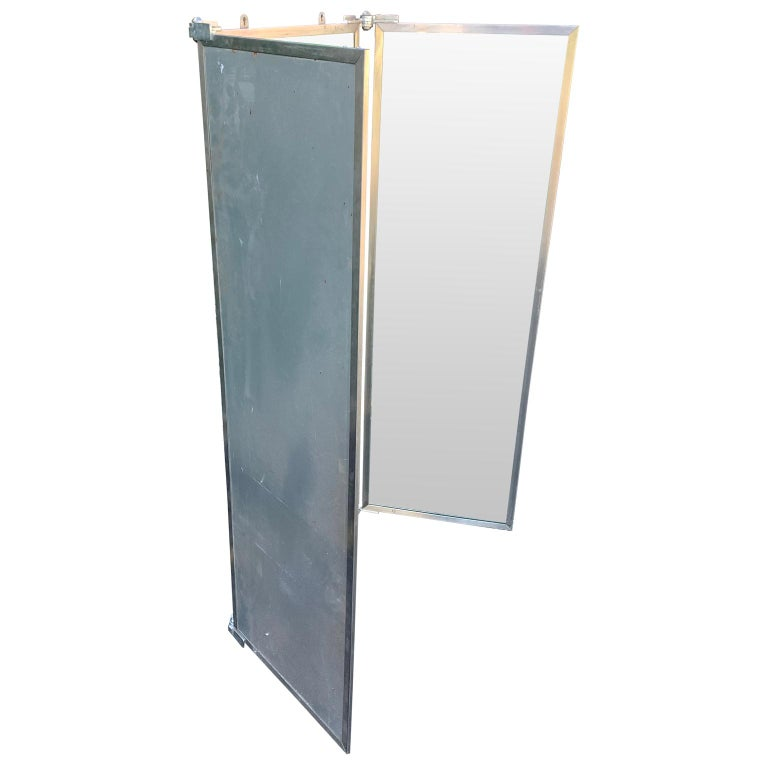 Industrial Three-Panel Mirror and Metal Folding Screen In Good Condition For Sale In Haddonfield, NJ