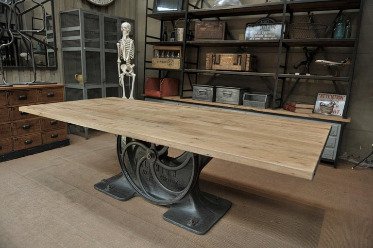 Industrial Valentin Paris, 1900 Cast Iron Base and Solid Oak Dining Table For Sale 3