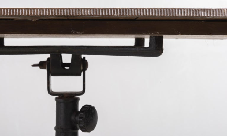 Industrial Work Table, America, 19th Century For Sale 1