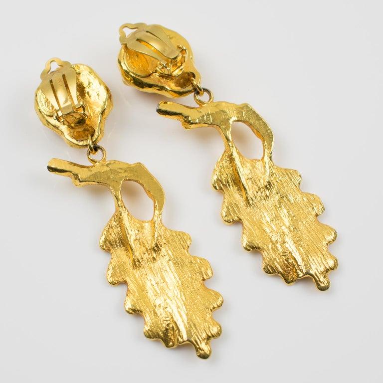 Ines de la Fressange Clip Earrings Oak Leaf Resin Cabochon In Excellent Condition For Sale In Atlanta, GA