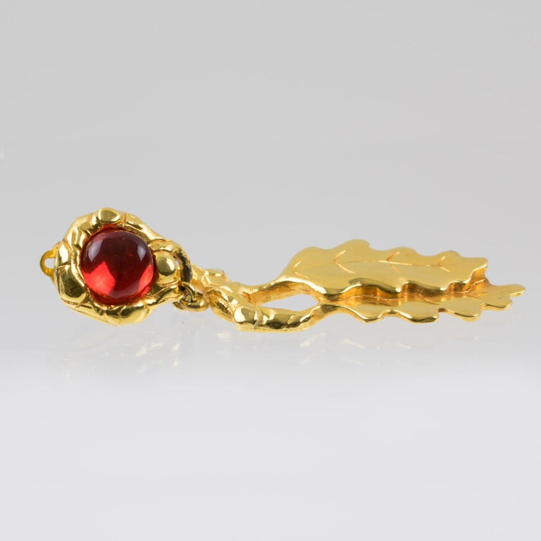 Ines de la Fressange Clip Earrings Oak Leaf Resin Cabochon For Sale 1