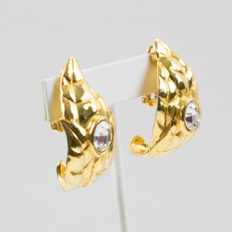 Modern Ines de la Fressange Paris Jeweled Clip Earrings Gilt Metal Carved Leaf For Sale