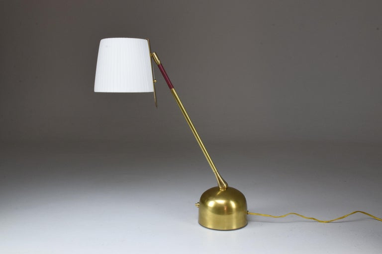 Infinitus Contemporary Brass Table Lamp, Flow Collection In New Condition For Sale In Paris, FR