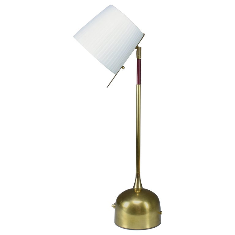 Infinitus Contemporary Brass Table Lamp, Flow Collection For Sale