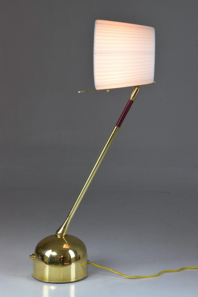 Modern Infinitus-V Contemporary Brass Articulating Table Lamp, Flow Collection For Sale