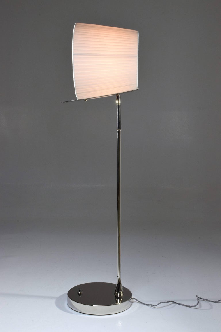 Polished Infinitus-I Contemporary Tall Brass Table Lamp For Sale