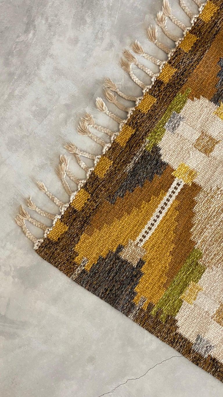 Swedish Ingegerd Silow, Signed Flat-Weave Carpet, Dyed Wool, Sweden, 1950s For Sale