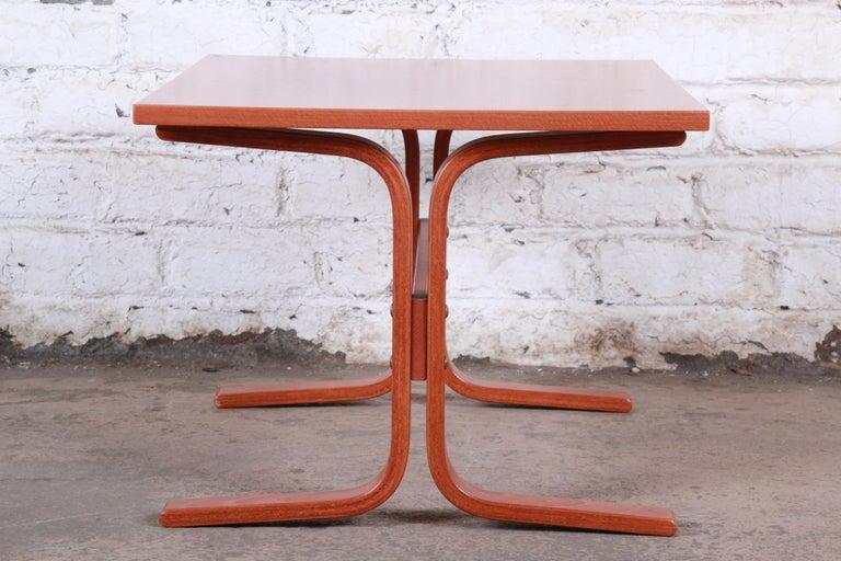 Ingmar Relling for Westnofa Bentwood Teak Siesta Occasional Side Table For Sale 4