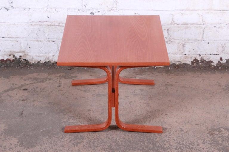 Ingmar Relling for Westnofa Bentwood Teak Siesta Occasional Side Table For Sale 5