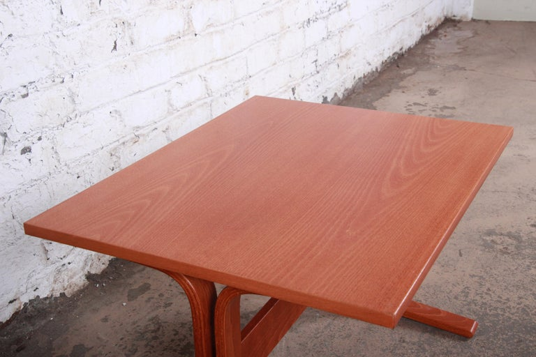 20th Century Ingmar Relling for Westnofa Bentwood Teak Siesta Occasional Side Table For Sale