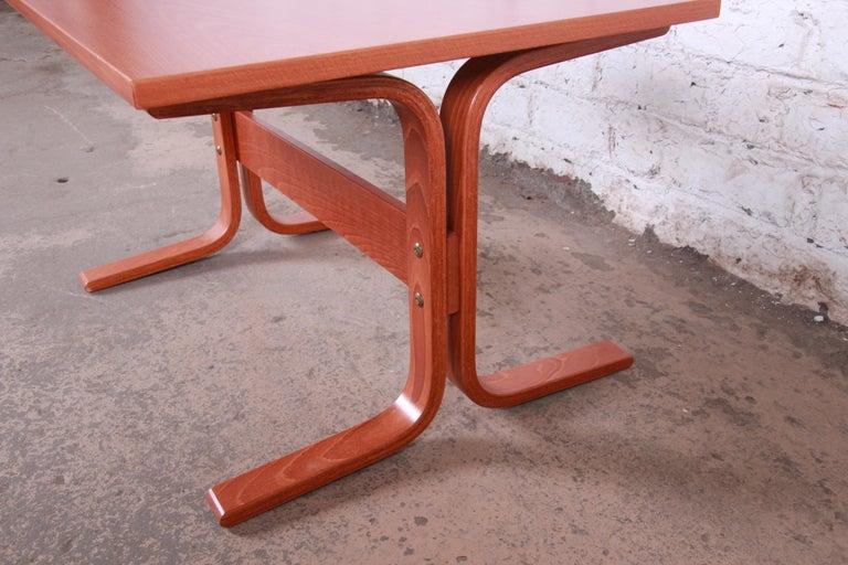 Ingmar Relling for Westnofa Bentwood Teak Siesta Occasional Side Table For Sale 2