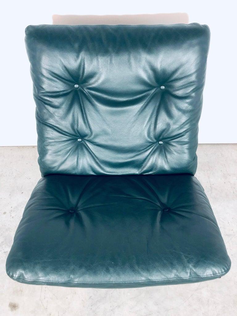 "Ingmar Relling for Westnofa ""Siesta"" Chair in Dark Green Leather, Vintage, 1970s For Sale 5"