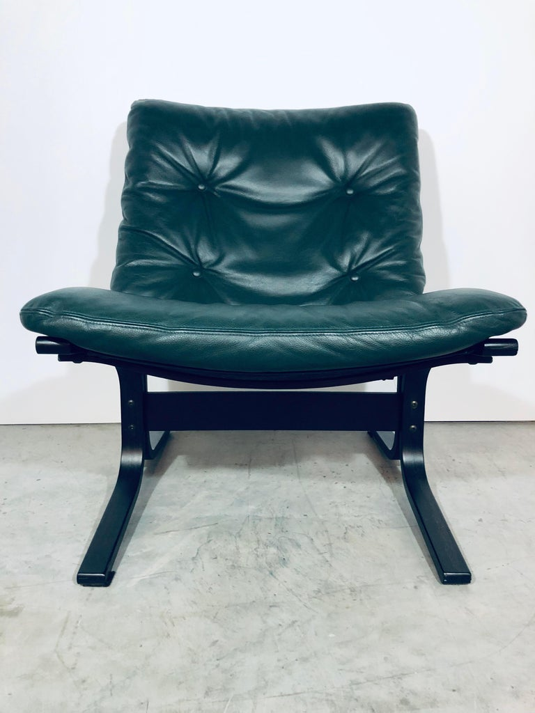 Green leather Siesta lounge chair by Ingmar Relling for Westnofa, 1970s.
