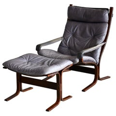 Ingmar Relling Siesta Chair with Ottoman in Grey Patinated Leather by Westnofa