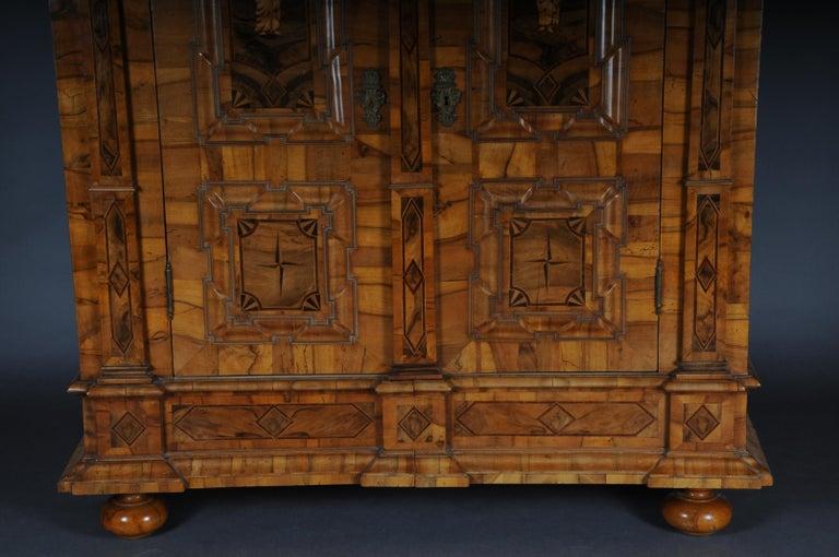 Inlaid Baroque Cabinet, Walnut, German, circa 1730 In Good Condition For Sale In Berlin, DE