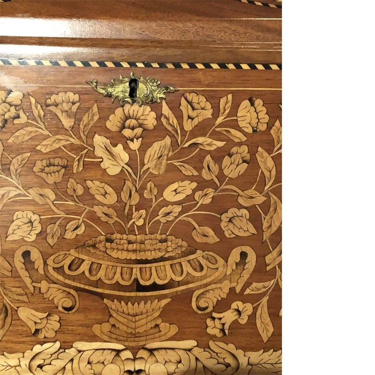 Inlaid Desk Early 20th Century In Excellent Condition For Sale In Pasadena, CA