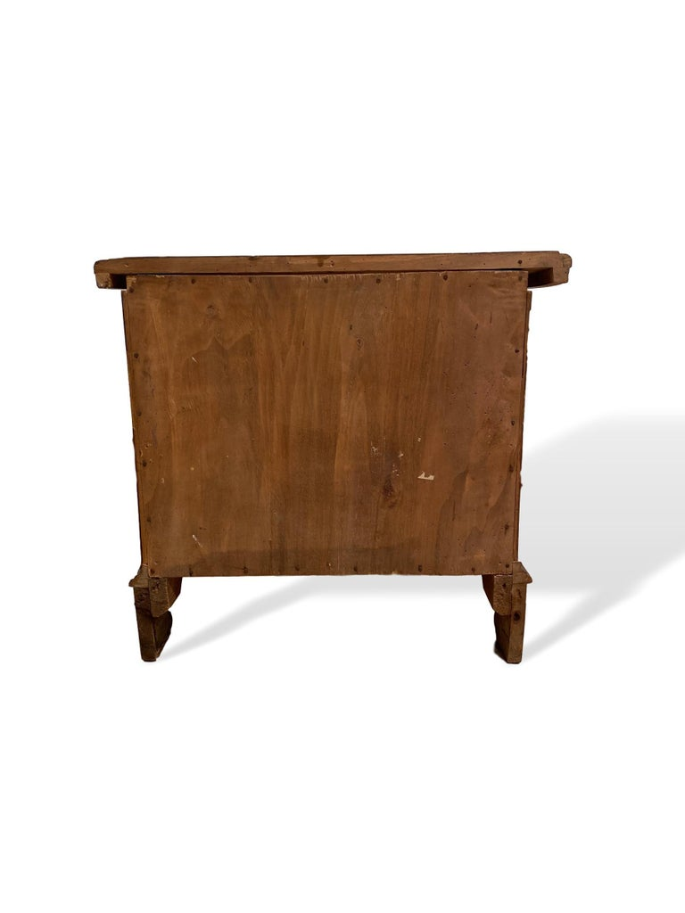 Inlaid Walnut Two-Drawer Side Commode with Concave Block Front, Italian In Good Condition For Sale In Banner Elk, NC