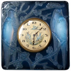 Inséparables Art Deco Glass Clock by René Lalique