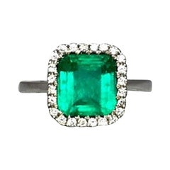 Intense Green 2.58 Carat Certified Colombian Emerald Diamond 18K Gold Halo Ring