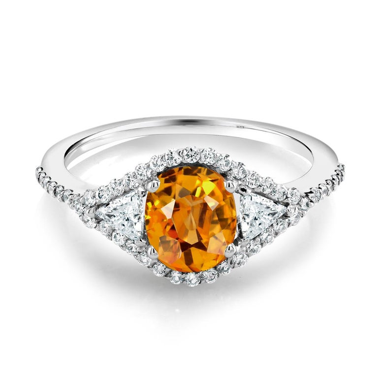 Eighteen Karat Cocktail Ring with Yellow Sapphire and Diamond  In New Condition For Sale In New York, NY