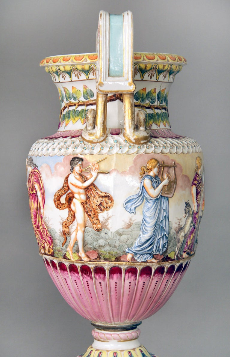 Interesting Late 19th Century Italian Capodimonte Porcelain Vase and Pedestal In Good Condition For Sale In New York, NY